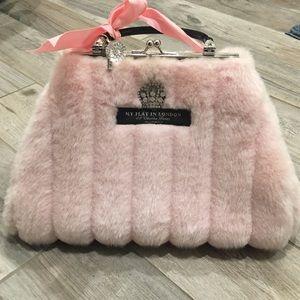 My Flat in London Bags - MY FLAT IN LONDON faux fur purse 0ea5df8ab8